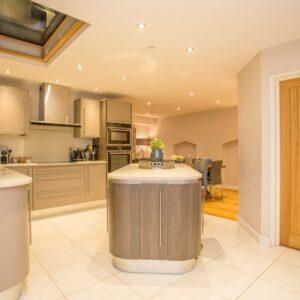 Central London Property Sleeps 10 People Hen Do