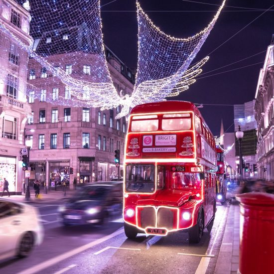 Christmas stacation london 2020 covid social distancing